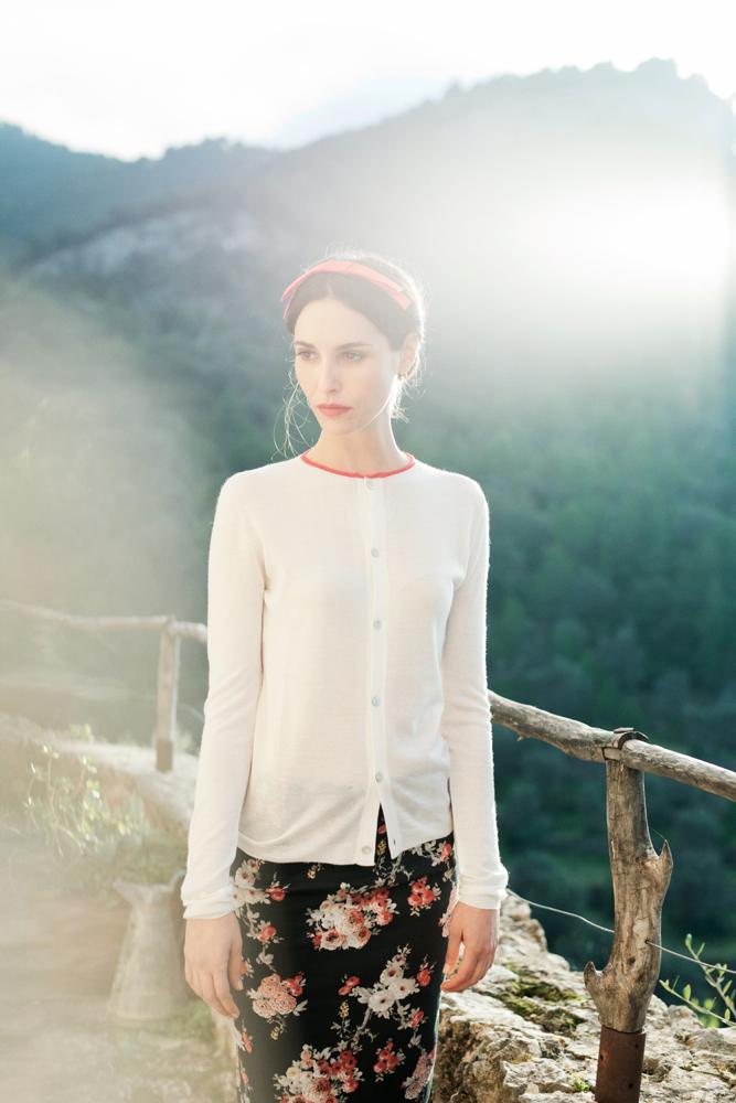 Classic White Rebeca
